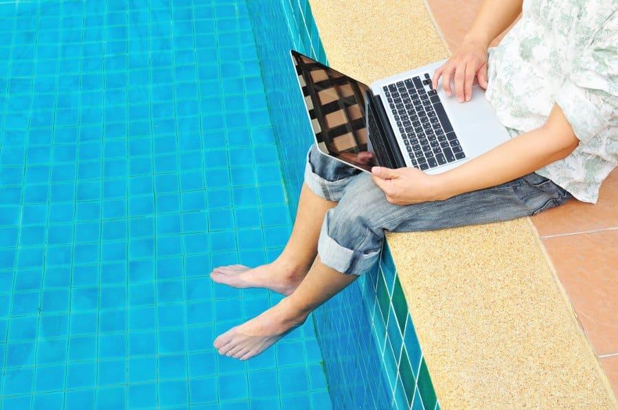 Choses à savoir avant d'acheter une piscine